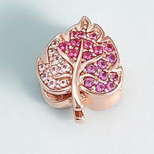 📿Pandora  Sparkling Pavé Leaf Charm
